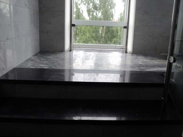реставрация шлифовка и переполировка мраморных стен и гранитных ступеней